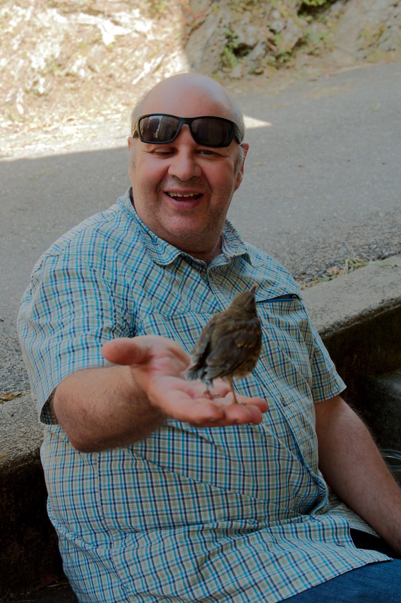 Jean-François et un oiseau