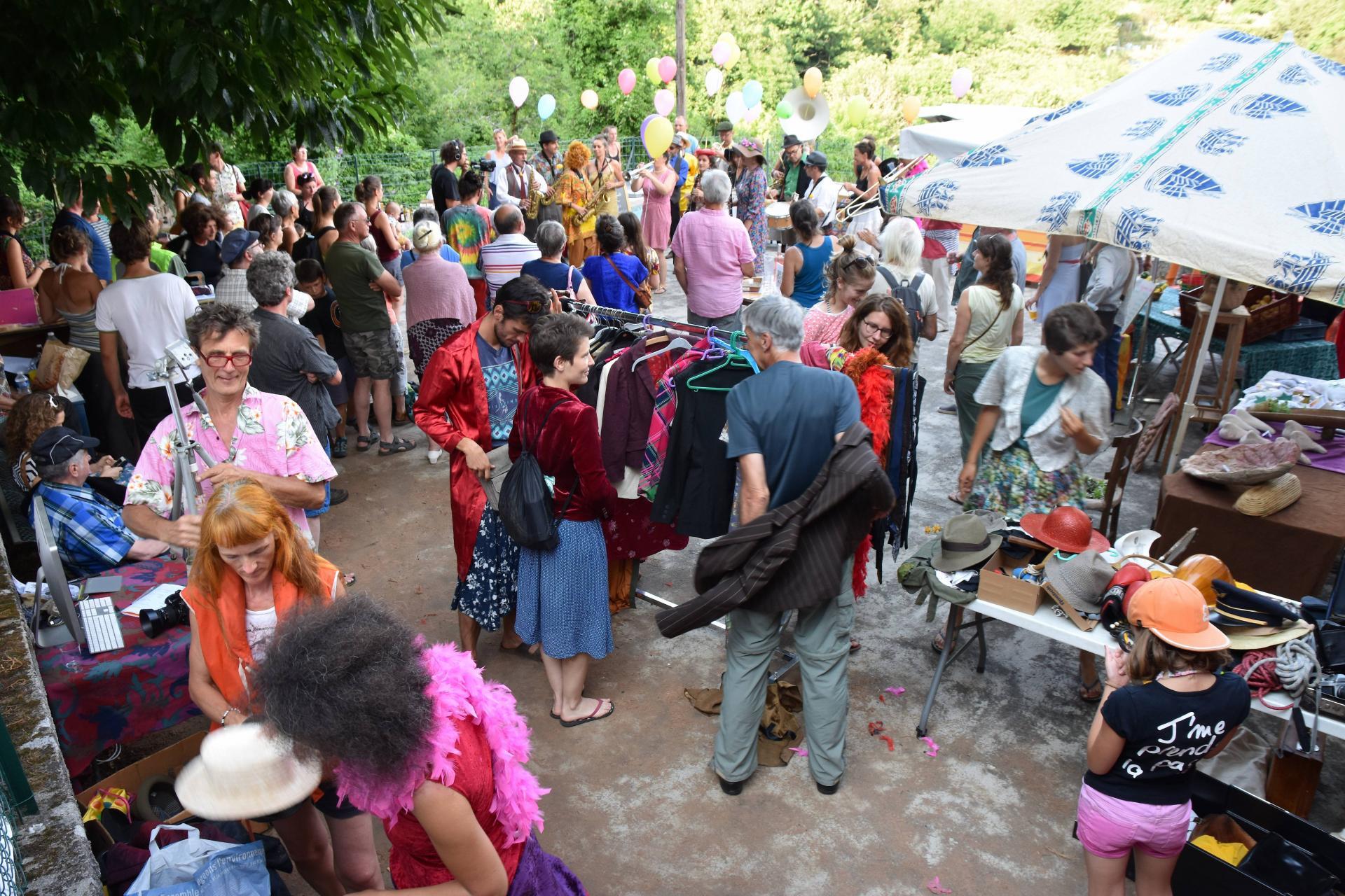 Marché Fanfare et Photos 2